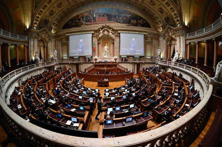 Deputados aprovam prolongamento de moratórias na componente de capital