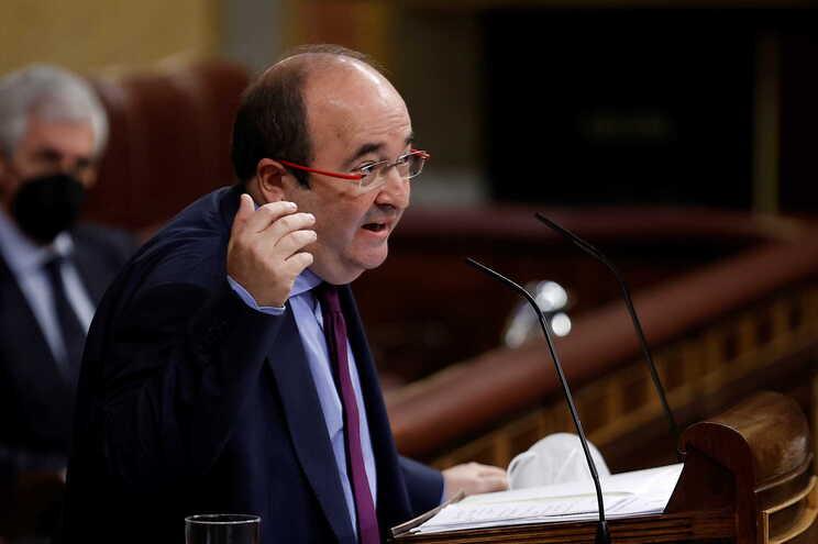 """Ministro responsável pela Função Pública, Miquel Iceta, salientou """"o passo seguro dado em direção a um"""