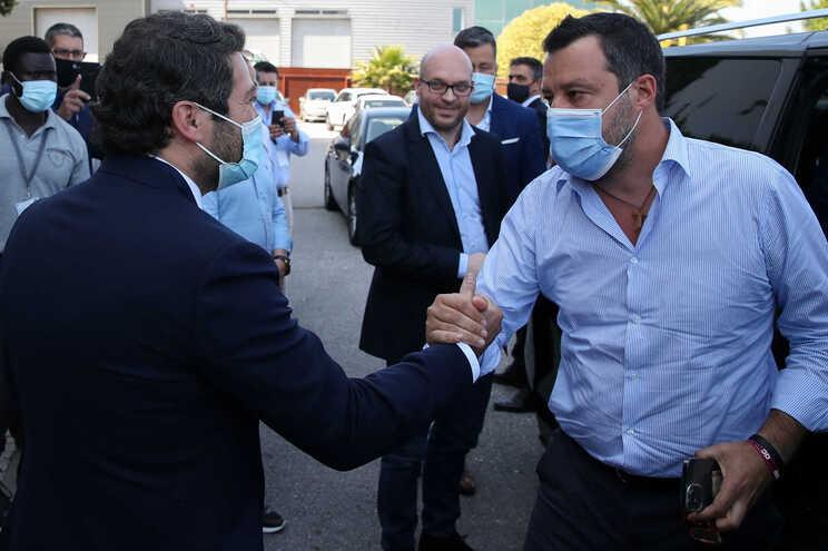 André Ventura com Matteo Salvini, líder da Liga, o maior partido de extrema-direita de Itália