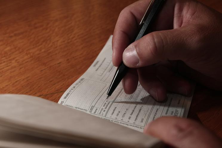 PrecáriosInflexíveis lamentam atraso e exigência no apoio a trabalhadores independentes