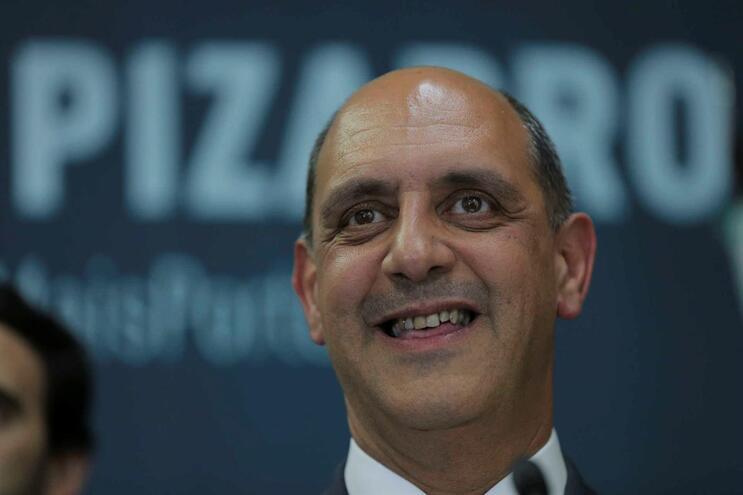 Pizarro foi secretário de Estado da Saúde do Governode José Sócrates