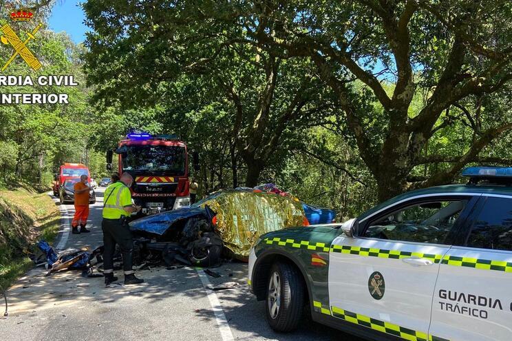 Piloto galego de rali morre em colisão com carro português