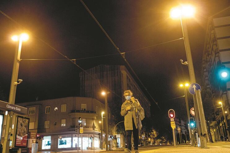 Eficiência energética na iluminação pública e edifícios do Estado entre os programas que ficaram com