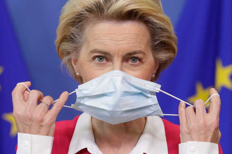 Presidente da Comissão Europeia com teste negativo à covid-19
