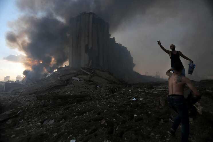 Explosão no porto de Beirute causou 214 mortos