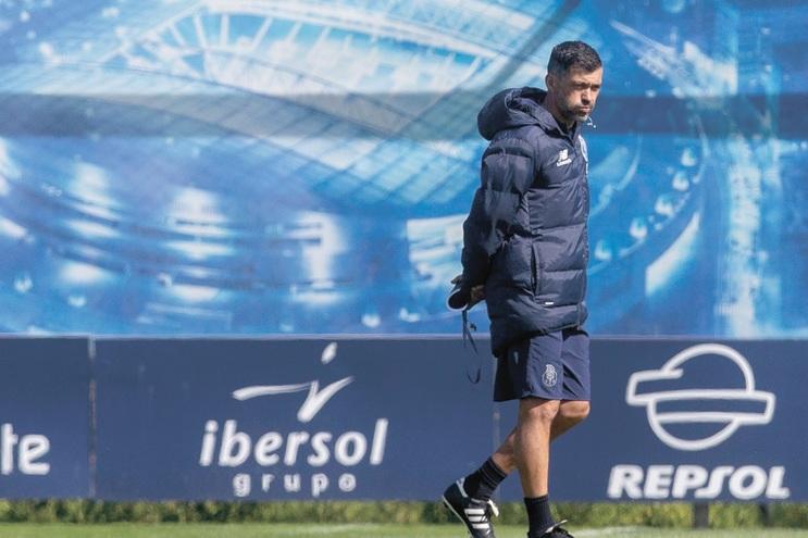 Treinador Sérgio Conceição ficou sem o seu telemóvel na quinta-feira