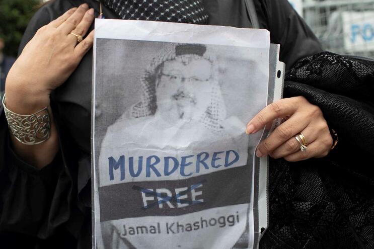 Encontrados restos mortais de jornalista saudita assassinado
