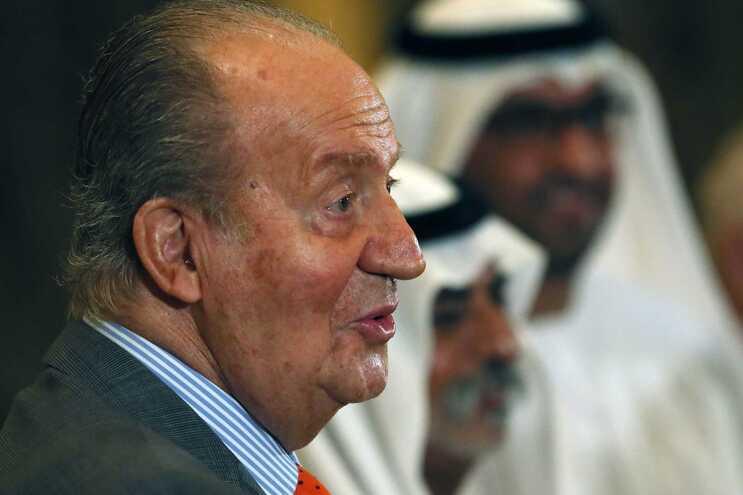 El Mundo diz que Juan Carlos vem morar para Portugal no fim do verão