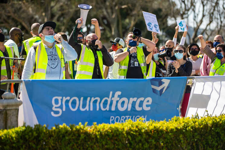 A Groundforce é detida em 50,1% pela Pasogal e em 49,9% pelo grupo TAP