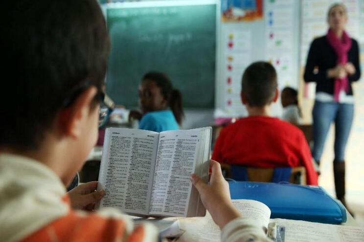 Algumas das medidas já adiantadas pelo Governo implicam a redução no número de alunos nas salas de aula