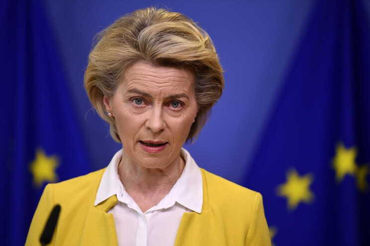 Ursula von der Leyen anunciou a antecipação de doses previstas para o final do ano