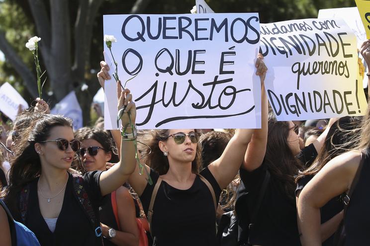 Enfermeiros especialistas realizaram vários protestos para reivindicar suplemento ao salário