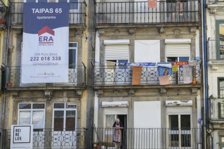 Casas em Lisboa e Porto mantêm preços altos