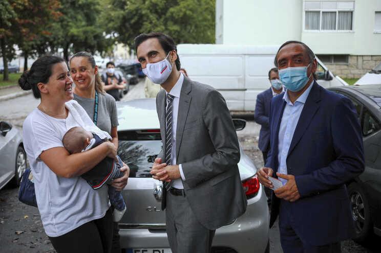 Tiago Barbosa Ribeiro visitou Bairro das Campinas e ouviu queixas dos moradores