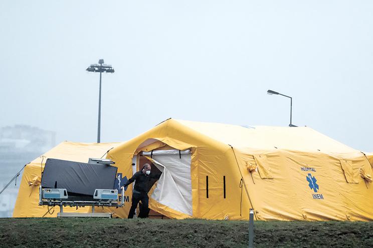 O hospital Padre Américo está a ultimar uma tenda de campanha do INEM para fazer face ao aumento dos