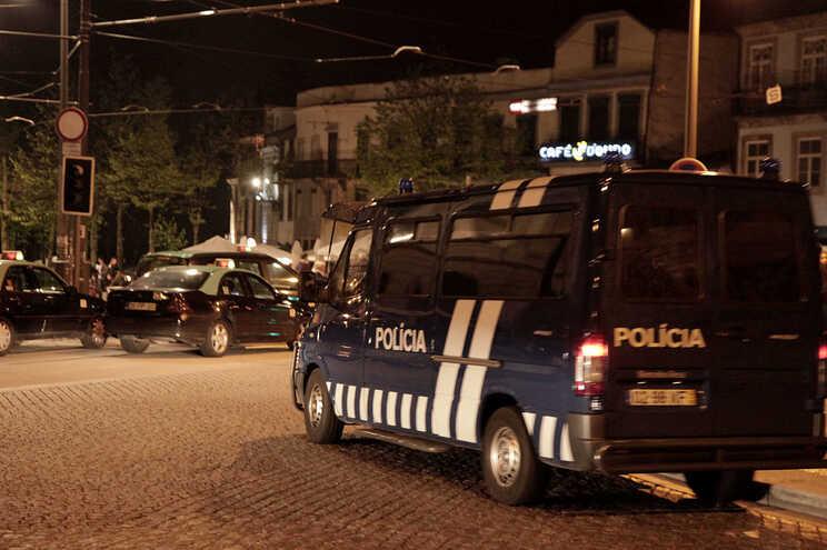 PSP desfaz ajuntamento de 100 pessoas no centro do Porto