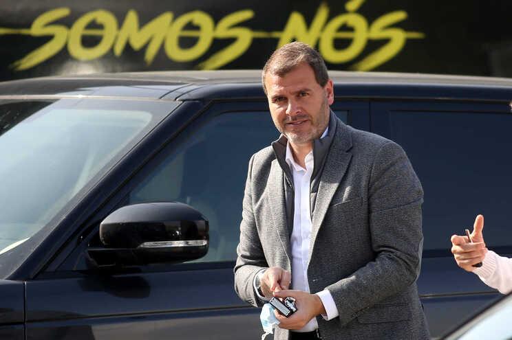 O treinador de futebol João Henriques