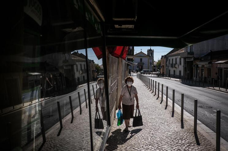 Em Portugal já foram infetadas pelo novo coronavírus mais de 50 mil pessoas