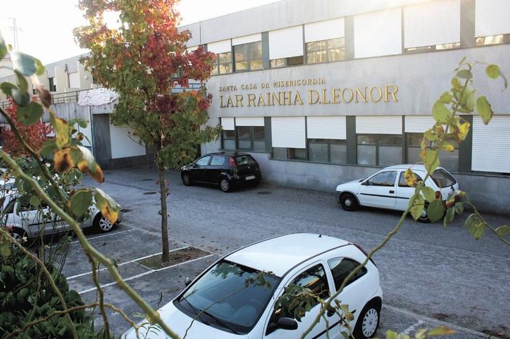 Santa Casa da Misericórdia de Guimarães diz que vem sendo ameaçada com greves e com queixas à ACT e Segurança