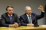 """Bolsonaro mantém confiança em ministro e nega """"aventuras"""" na tutela"""