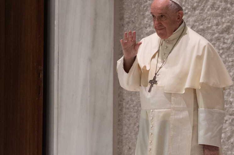 Papa Francisco enviou 15 mil gelados a reclusos de Roma