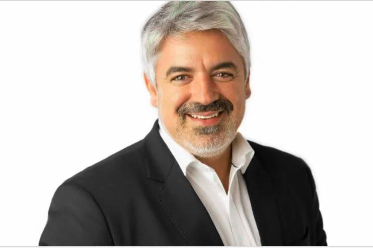 João Azevedo tem 46 anos