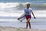 A portuguesa Teresa Bonvalot na primeira ronda do surf olímpico de Tóquio2020, na praia de Tsurigasak