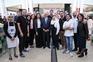 Chefe de Estado posou para fotografia com empregados, incluindo o iraquiano