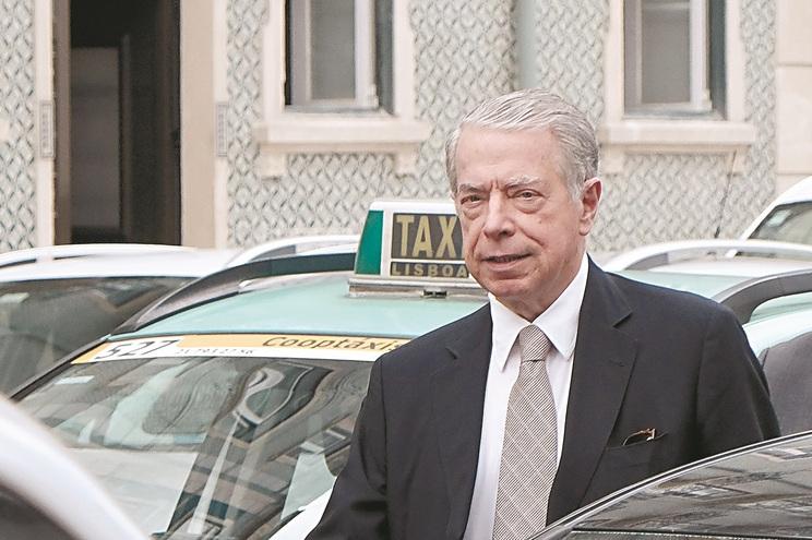 Antigo líder do BES arrisca pena de até oito anos por cada um dos três crimes