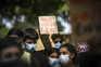 """""""O capitalismo não é verde"""". Duas centenas na ruas de Lisboa em greve climática"""