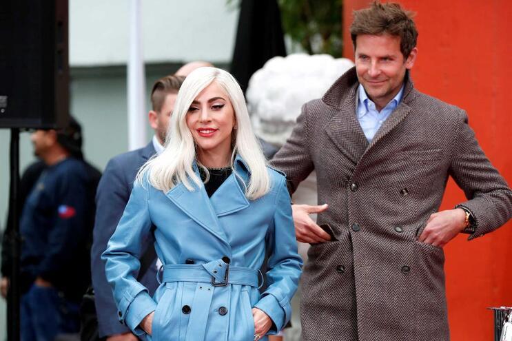 """Bradley Cooper e Lady Gaga contracenaram juntos no filme """"Assim nasce uma estrela"""""""