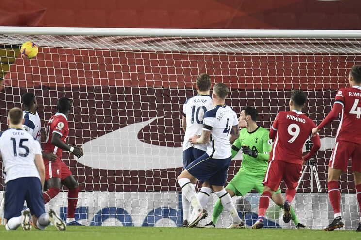 Roberto Firmino deu a vitória ao Liverpool
