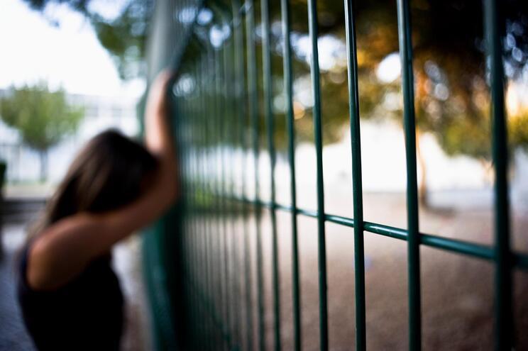 Sintomas de depressão e ansiedade duplicaram nas crianças e adolescentes