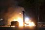 Jovens atacam polícia em Belfast com bombas de gasolina