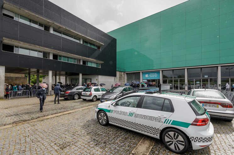 Fuga de gás suspendeu temporariamente a vacinação em Guimarães
