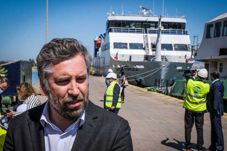 O ministro das Infraestruturas e da Habitação, Pedro Nuno Santos, no Seixal