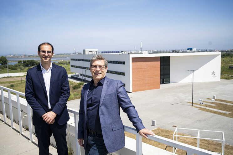 Pedro Almeida (à esquerda), diretor do PCI,  e João Veloso, vice-reitor da Universidade de Aveiro, no