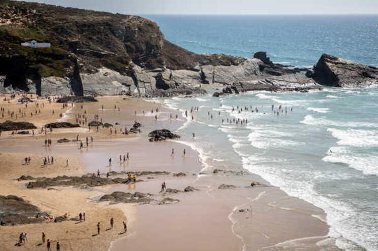 Banhos interditos na praia da Zambujeira do Mar devido a bactéria E.coli