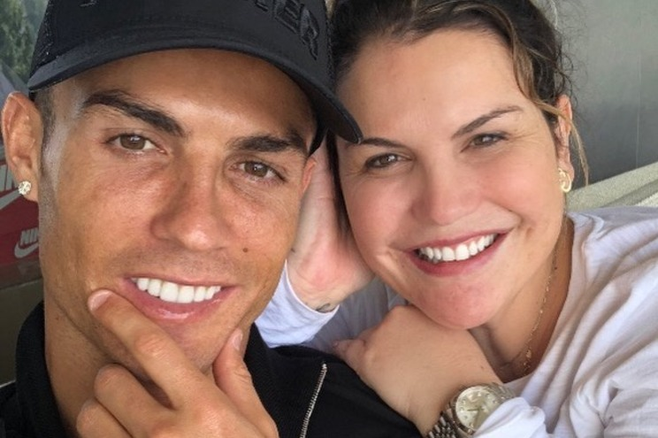 Katia Aveiro saiu em defesa do irmão Cristiano Ronaldo e arrasou Van Dijk