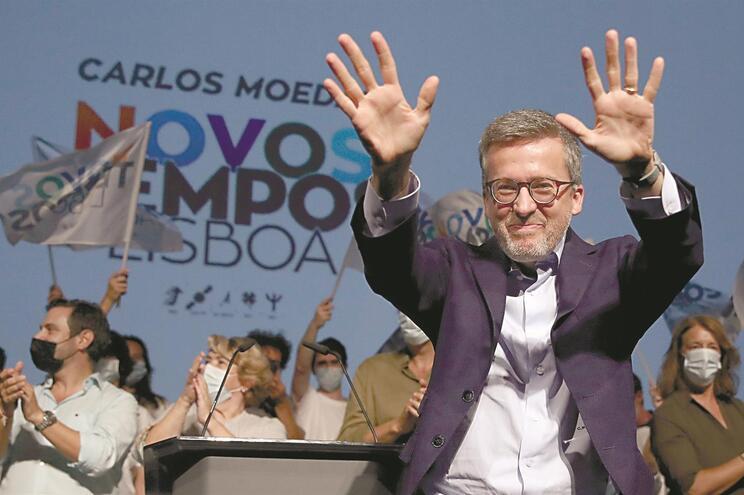 A vitória de Carlos Moedas em Lisboa só se confirmou de madrugada. O PSD não podia ter sonhado com melhor