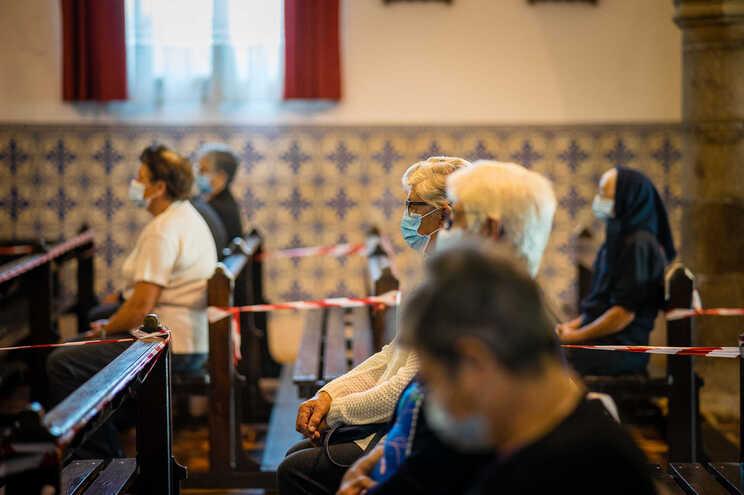 """Se for necessário, o prelado considera """"não haver mal nenhum"""" em suspender as celebrações e festividades"""