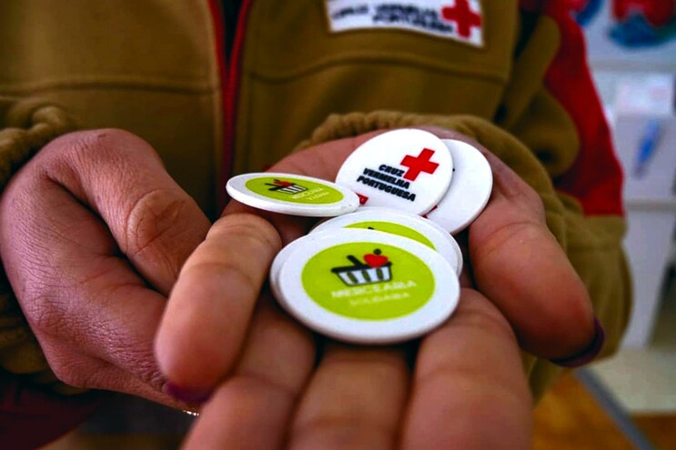 Trabalho comunitário vale artigos na mercearia solidária da Cruz Vermelha da Trofa, que já está a funcionar