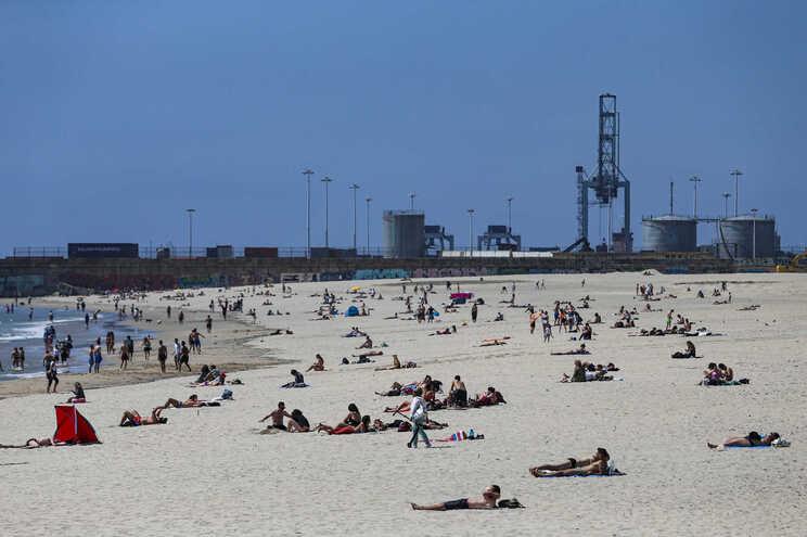 Praias de Matosinhos estarão interditas entre as 19 horas de terça-feira e as 9 horas de quarta