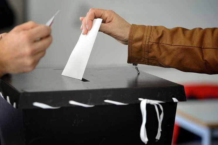 Porto,24/01/2016 - Decorre hoje em todo o território nacional, a votação para eleição do presidente da