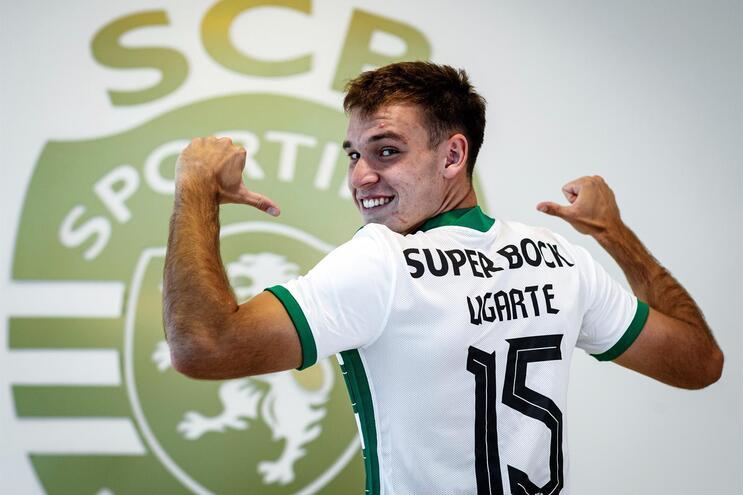 Ugarte assinou contrato com o Sporting até 2026