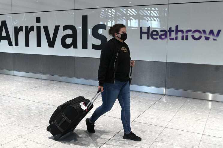 Reino Unido proíbe entrada de passageiros vindos de Portugal