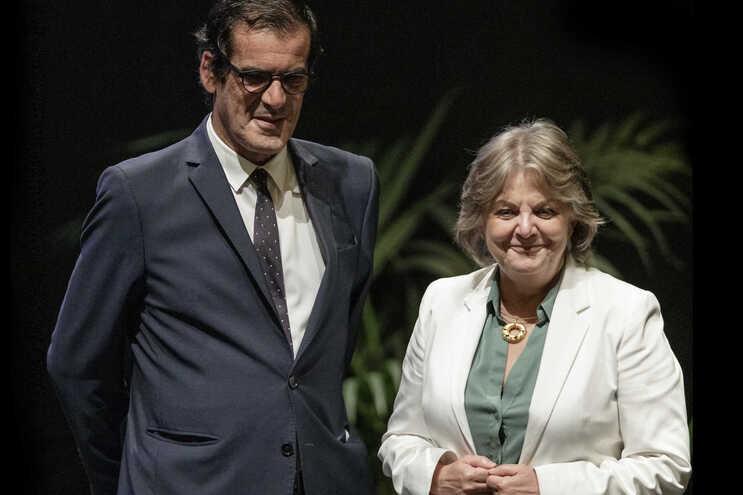 O presidente da Câmara Municipal do Porto, Rui Moreira, e Elisa Ferreira, comissária europeia para a