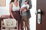 Primeira página em 60 segundos: Mail de mil empresas fiscalizadas por violação da lei de parentalidade