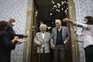 Botão de camisa juntou-os e estão casados há 79 anos