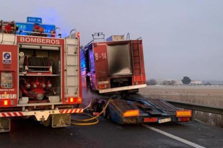 Camionista português morre ao socorrer colega na estrada